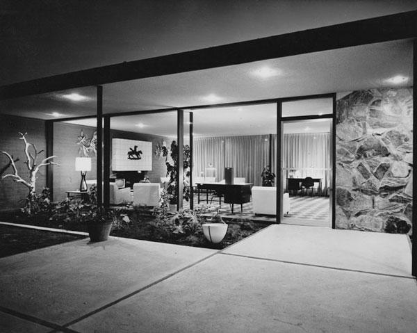 Safari Hotel 002