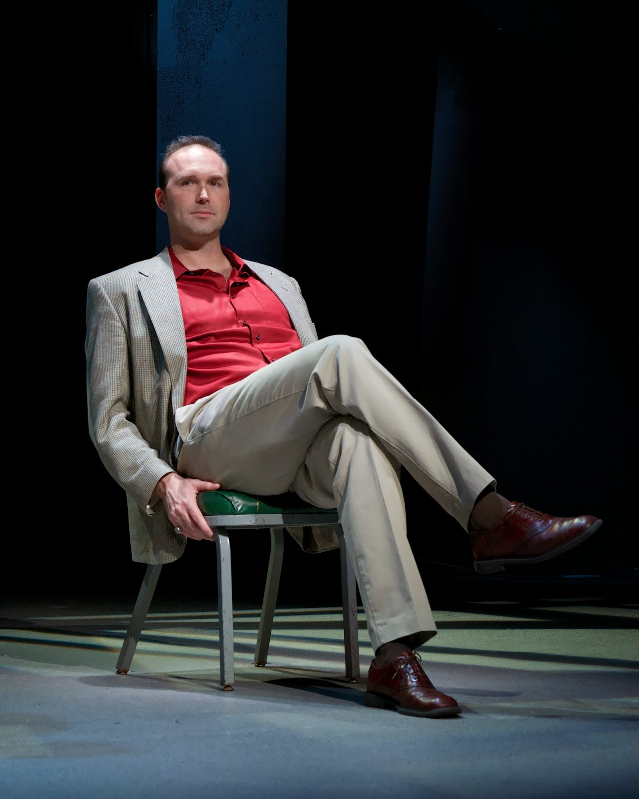 "Joseph Kremer in ""A Steady Rain"" at Actors Theatre. (Photo by John Groseclose)"