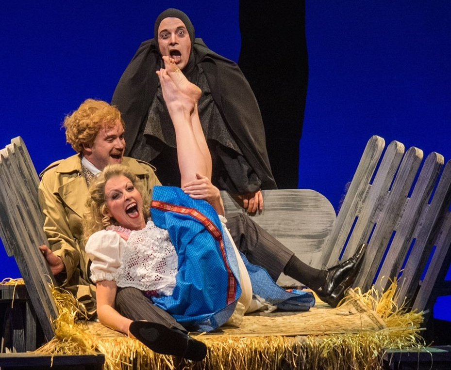 "Becca Gotlieb steals the show with ""Roll in the Hay."" (Photo by Mike Benedetto)"