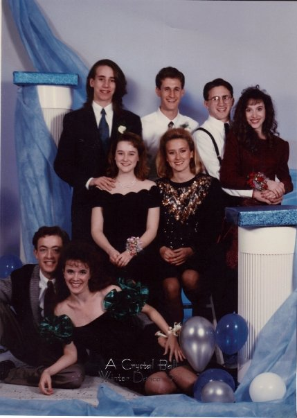 And we're guessing this one must be from the prom. (Maren is front row center, naturally.)