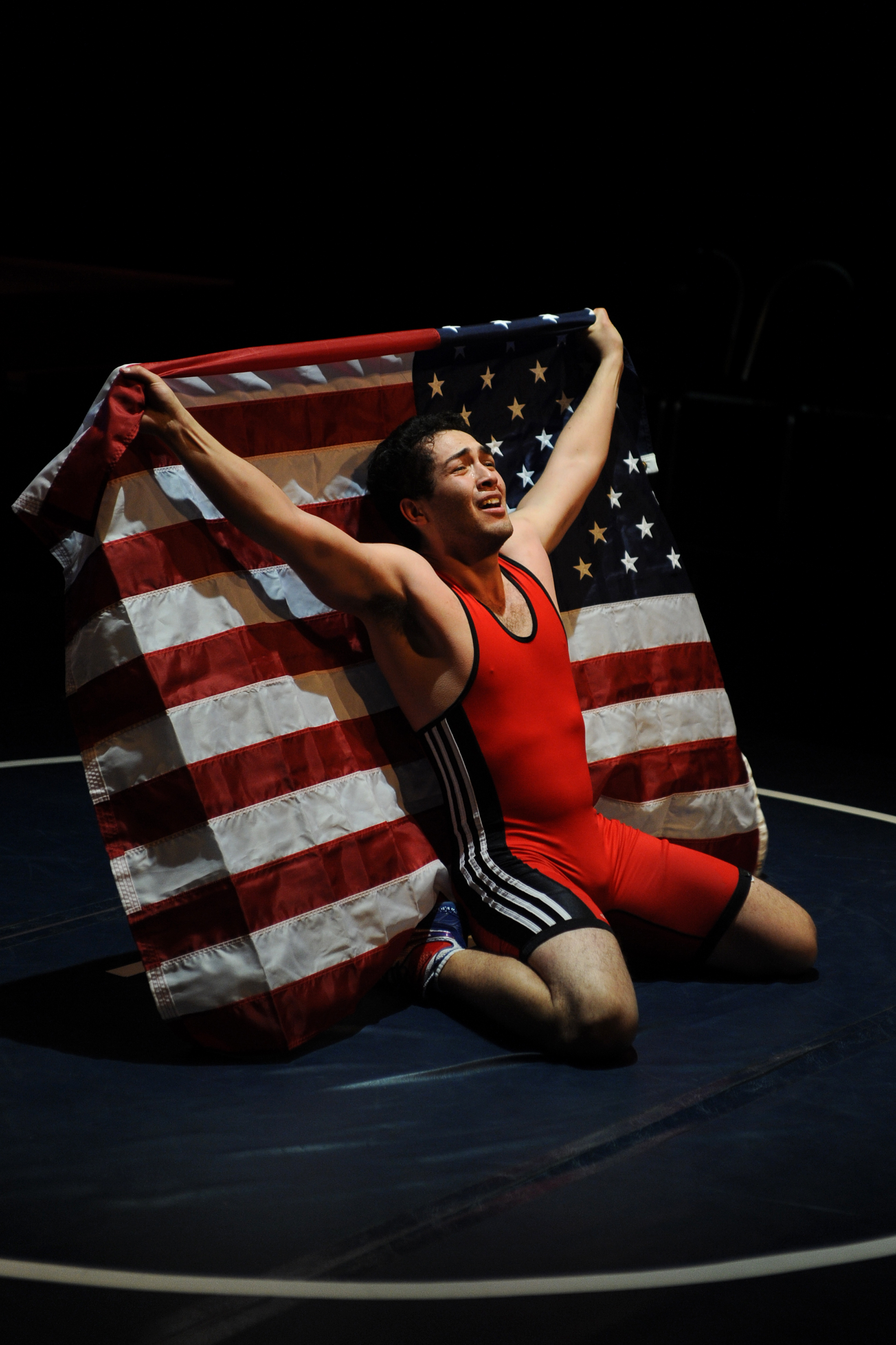 "Alberto Ley as Cejudo in Teatro Bravo's ""American Victory."" (Photo by Laura Durant)"