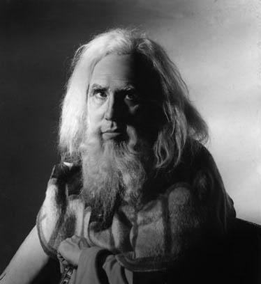 Sir Donald Wolfit as King Lear.