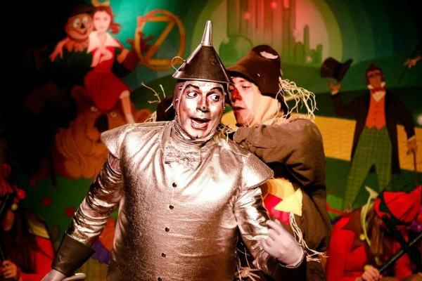 "Terry Gadaire as the Tin Man and Cord Nash as the Scarecrow in ""The Wizard of Oz,"" 2012, Don Bluth Front Row Theatre. (Photo by Jamie Harper)"